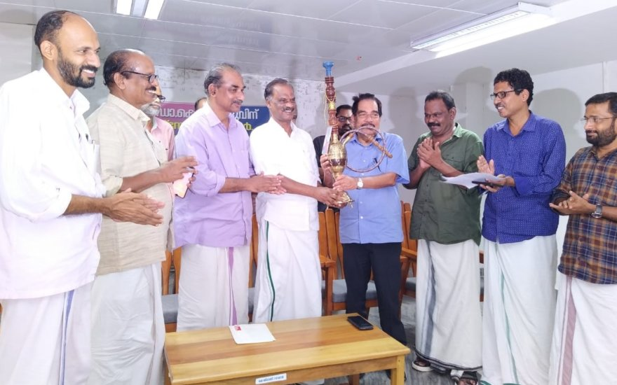 Citizens of Koyilandy Accorded a Warm Reception to Dr K Moidu [Chairman -KMCT Group ]